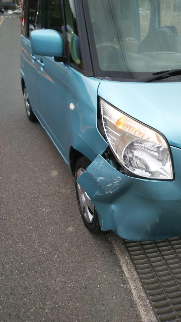 接触事故 車-1