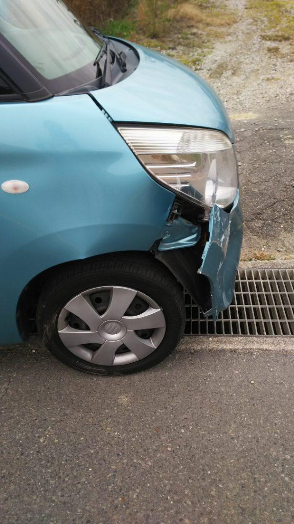 接触事故 車-2